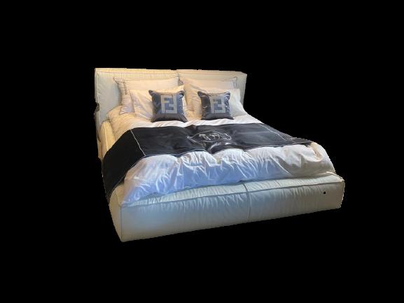 מיטת דובה